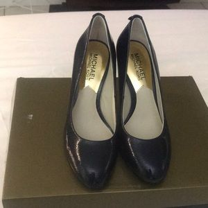 Navy mk shoes 5